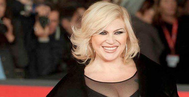 """Nadia Rinaldi, ecco com'è oggi con 75 chili in meno: """"In lingerie a teatro"""""""